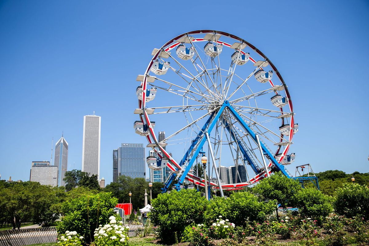 The Taste of Chicago Playground area includes a Ferris Wheel and inflatables for children.