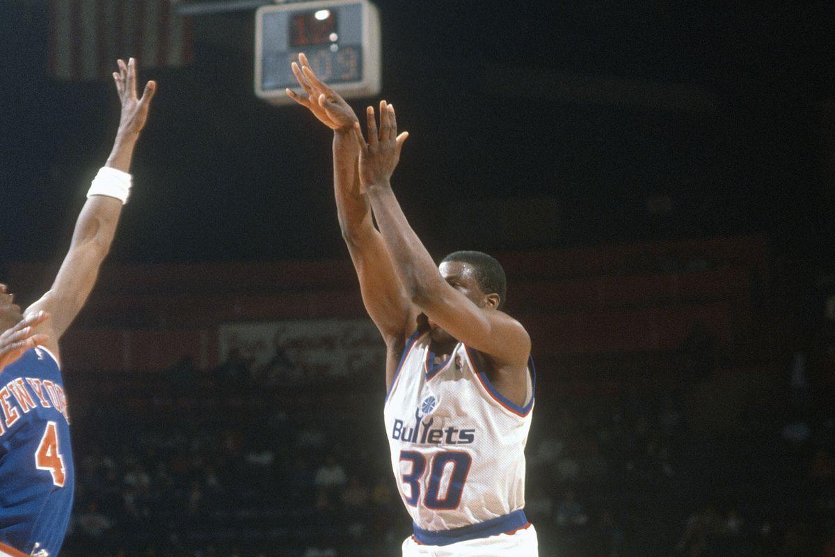 New York Knicks v Washington Bullets