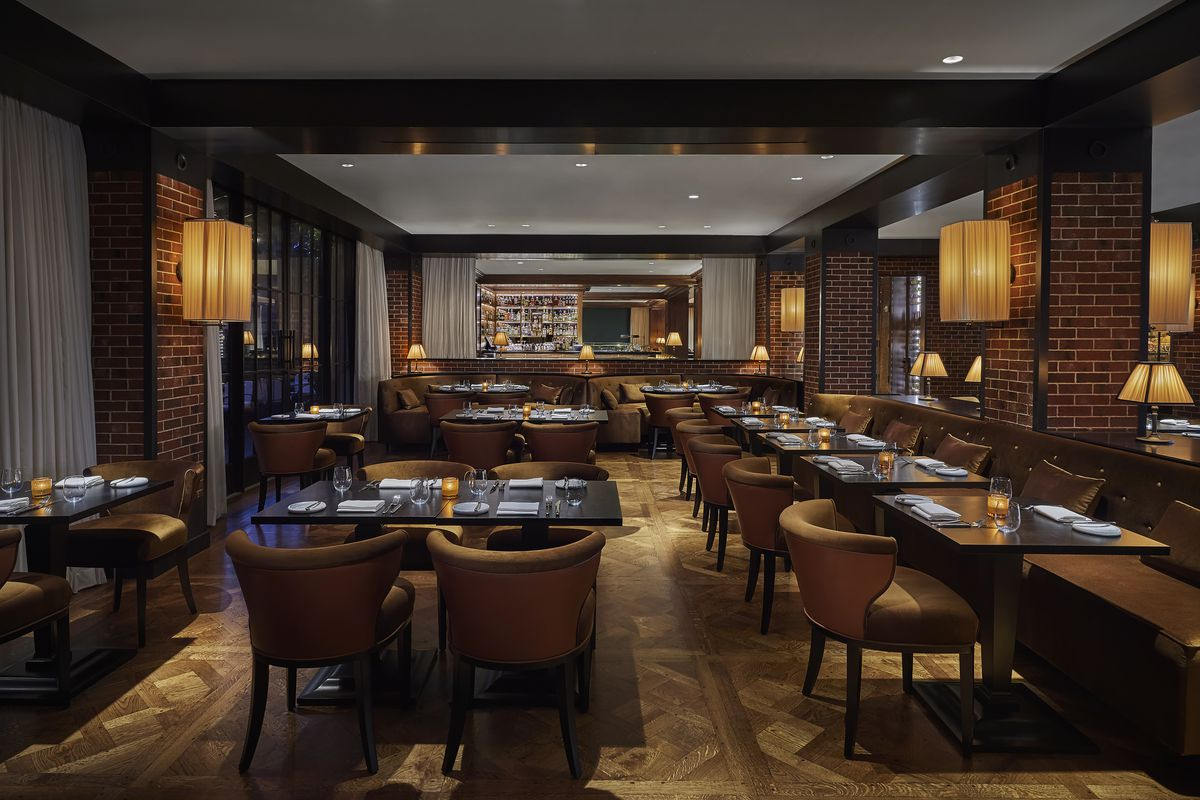 Wolfgang Puck S Top Tier Steakhouse Opens In Georgetown With