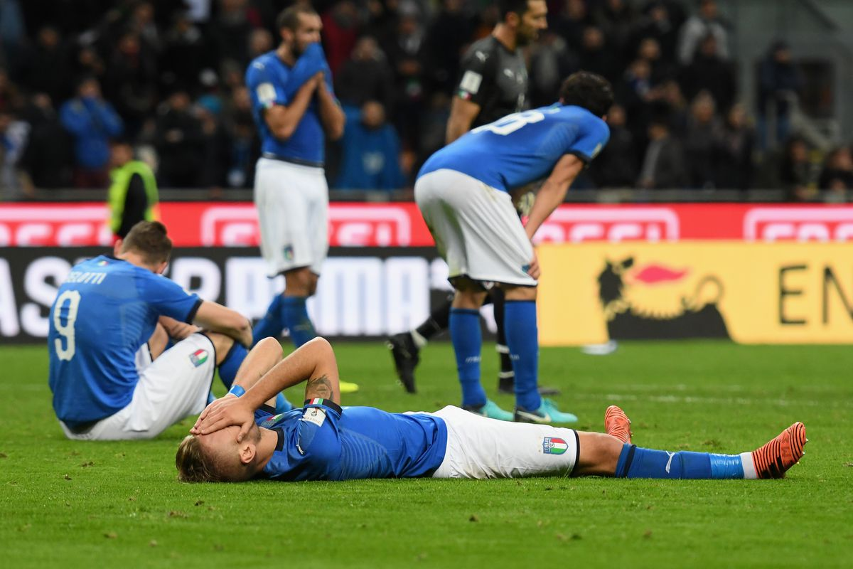 Italy boots coach after Cup washout