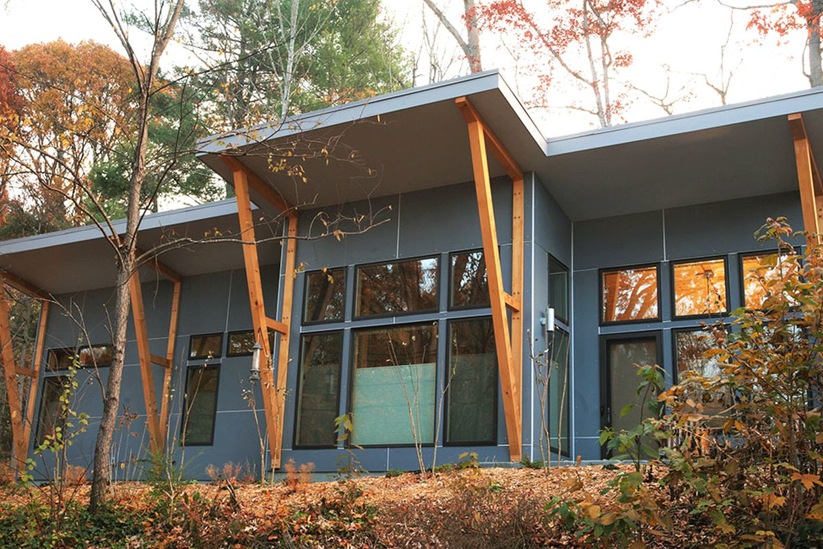 5 eco friendly prefab homes you can order right now curbed for Prefab homes designs