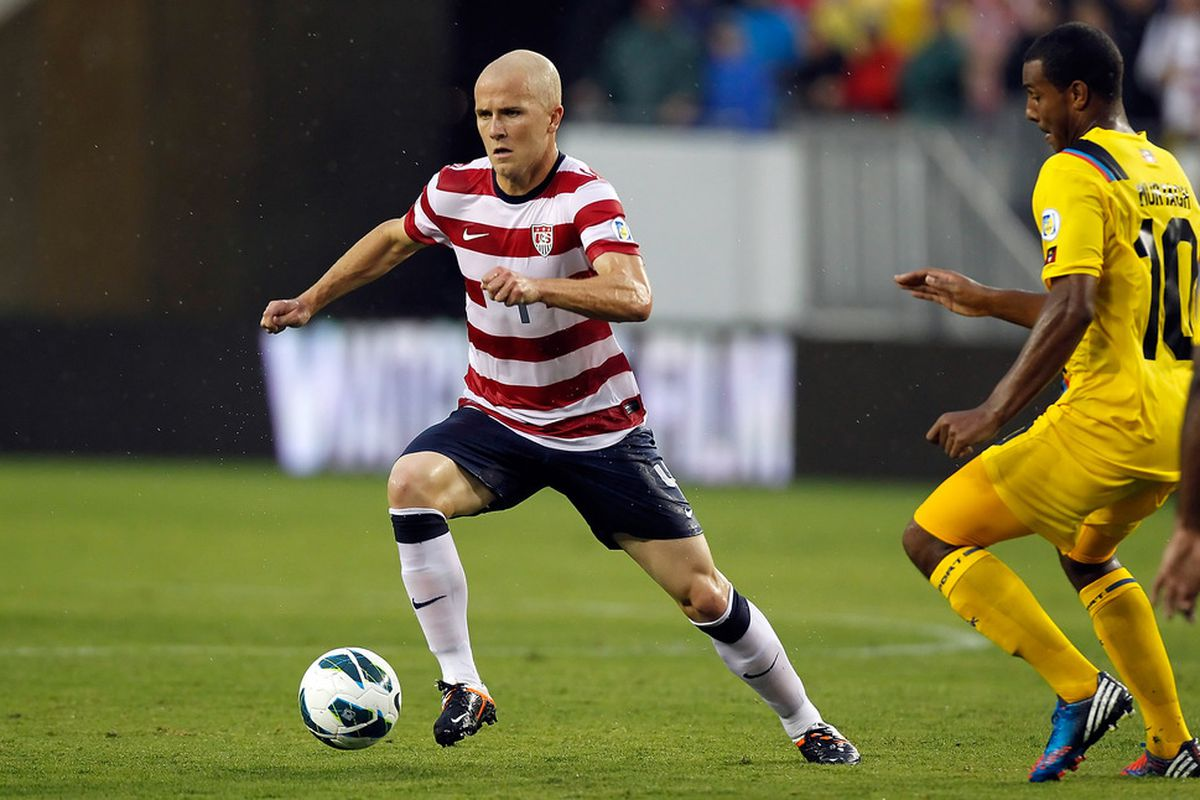 TAMPA, FL - JUNE 08:  Midfielder Michael Bradley #4 of Team USA advances the ball against Team Antigua and Barbuda during the FIFA World Cup Qualifier Match at Raymond James Stadium on June 8, 2012 in Tampa, Florida.  (Photo by J. Meric/Getty Images)