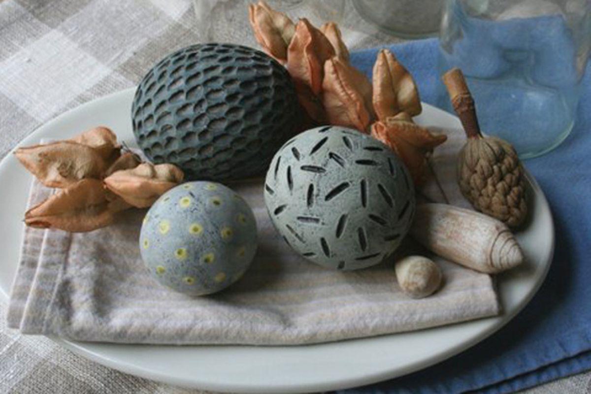 "Decorative tabletop spheres via Etsy seller <a href=""http://www.etsy.com/listing/40644966/sale-group-of-three-decorative-ceramic?ref=pr_faveitems"">HouseOfCeramics</a>"