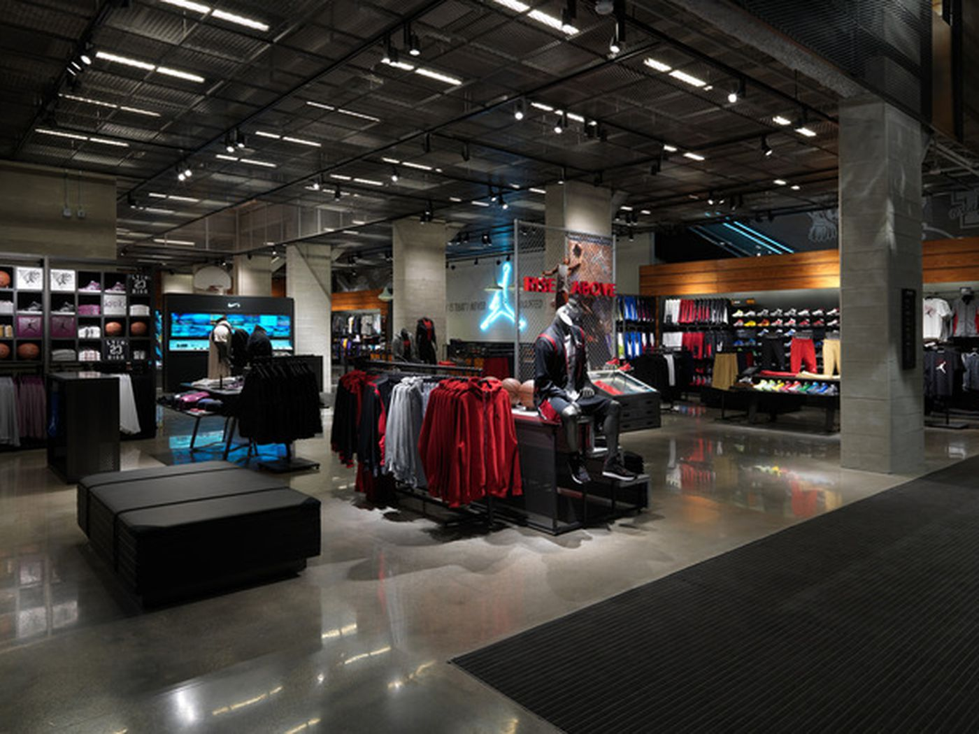 Witness And Behold The Second Coming Of Niketown Chicago