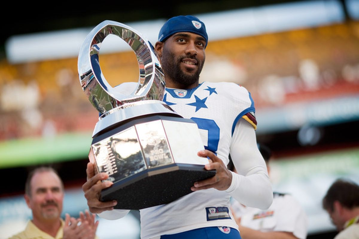 HONOLULU - JANUARY 30:  DeAngelo Hall #23 of the Washington Red Skins is the MVP of the 2011 NFL Pro Bowl at Aloha Stadium on January 30 2011 in Honolulu Hawaii. NFC won 55-41 over the AFC. (Photo by Kent Nishimura/Getty Images)