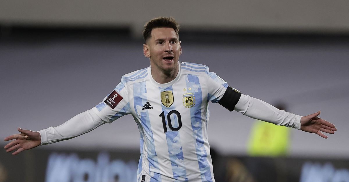 Main Hyperlink Soccer: Messi stays high in FIFA rankings