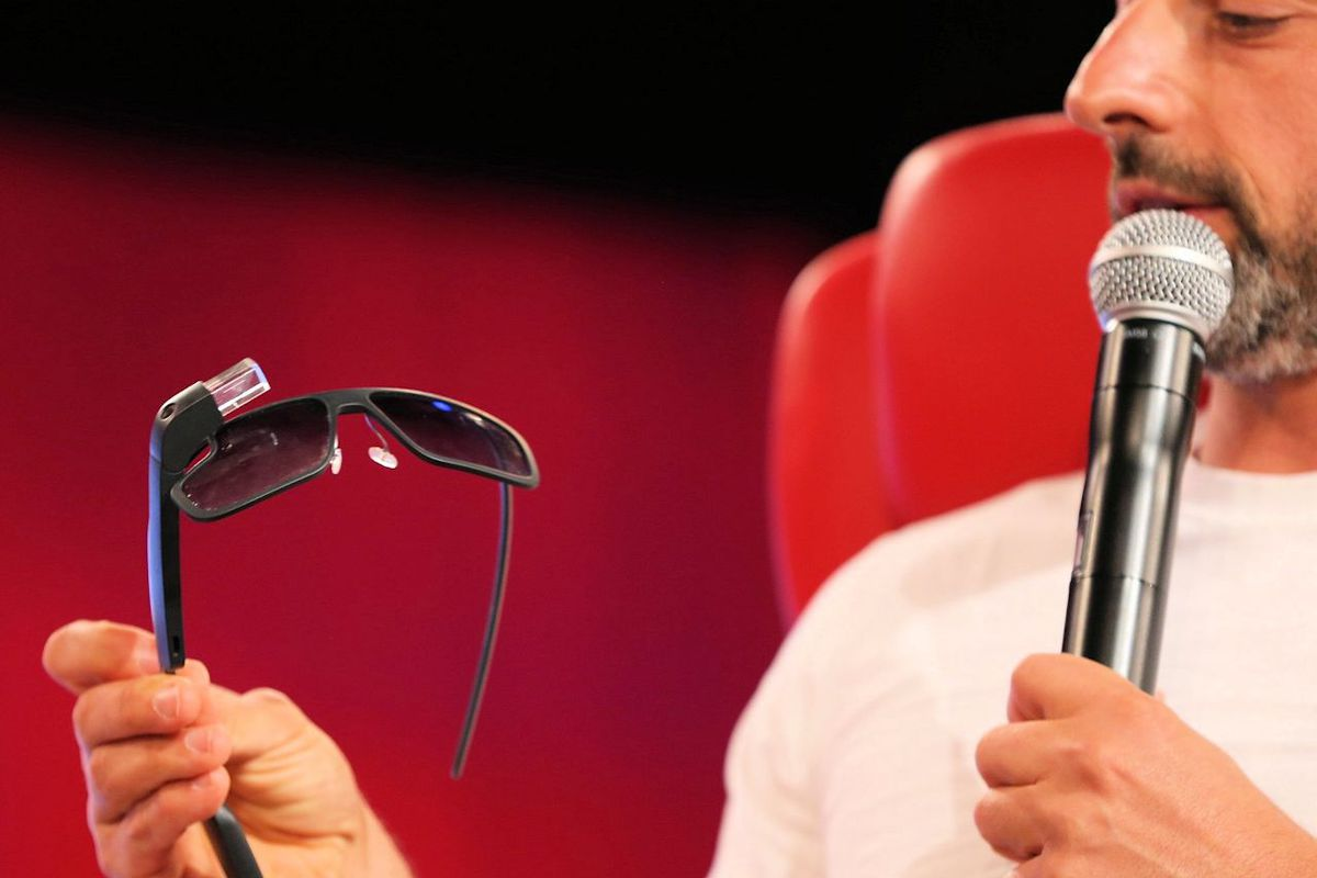 Google Glass Business Chief Departs
