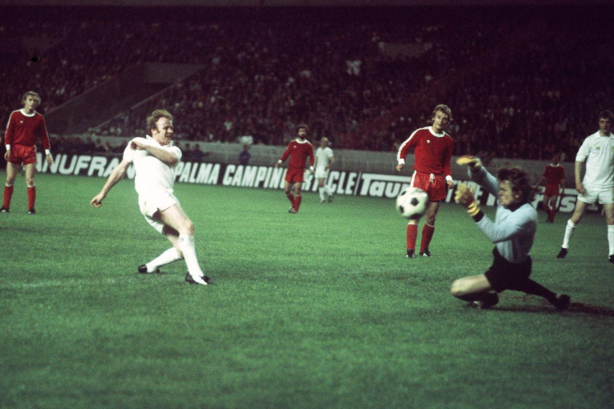 Soccer - European Cup Final - Bayern Munich v Leeds United