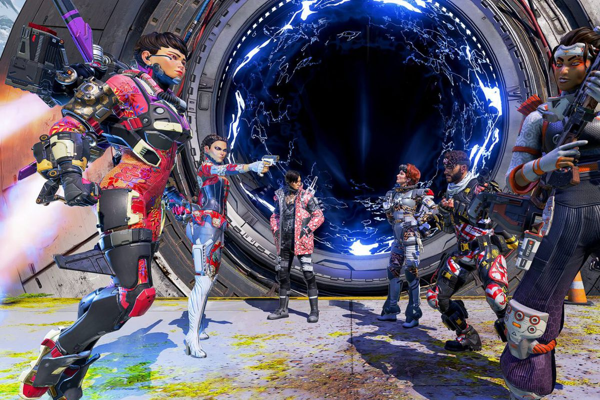 Several characters from Apex Legends pose before a battle