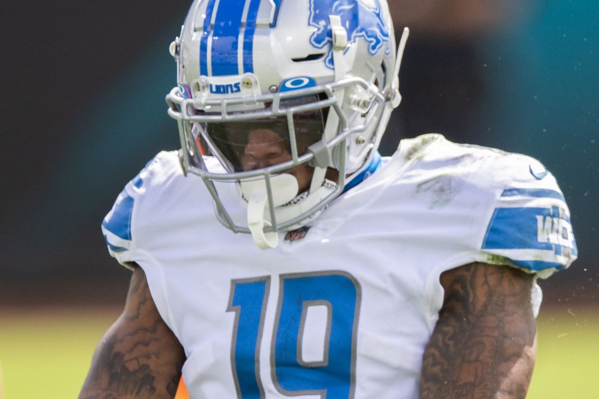 Kenny Golladay #19 of the Detroit Lions reacts after catching a pass during the first half of a game against the Jacksonville Jaguars at TIAA Bank Field on October 18, 2020 in Jacksonville, Florida.