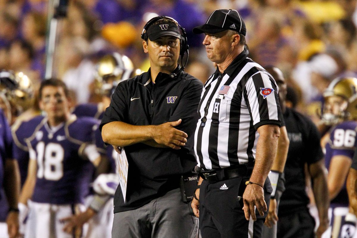The ref just asked him about an injury  Mandatory Credit: Derick E. Hingle-US PRESSWIRE