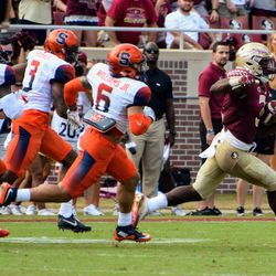 FR RB Cam Akers races by the Syracuse defense all the way for a long touchdown run.
