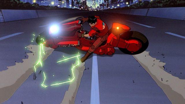 kenada skids his motorcycle in Akira
