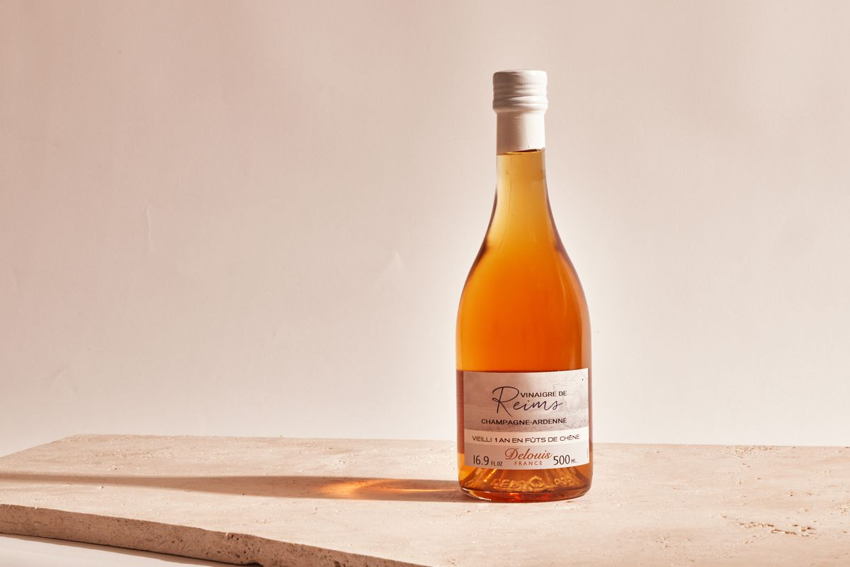 A bottle of vinegar