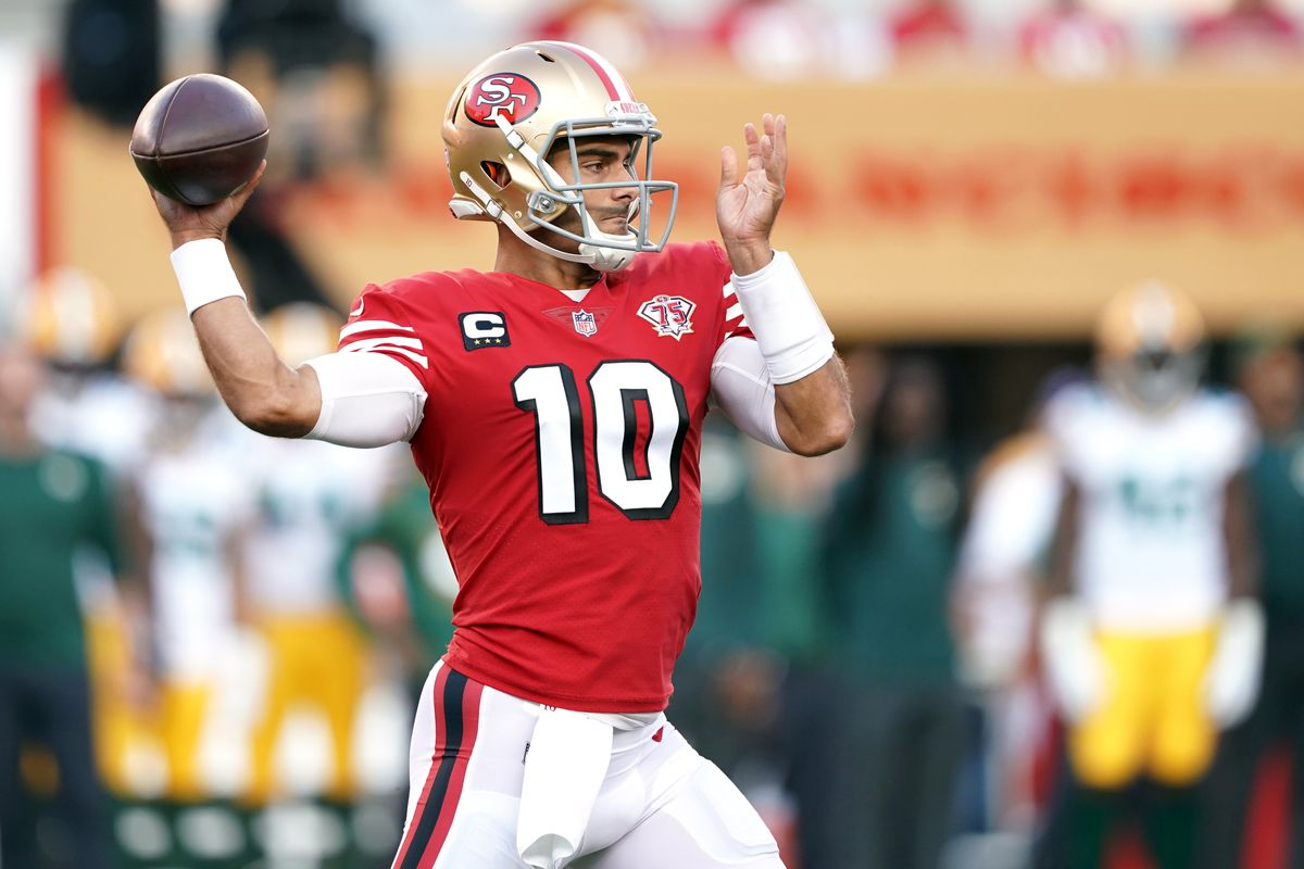 San Francisco 49ers quarterback Jimmy Garoppolo (10) throws a pass during the first quarter against the Green Bay Packers at Levi's Stadium.