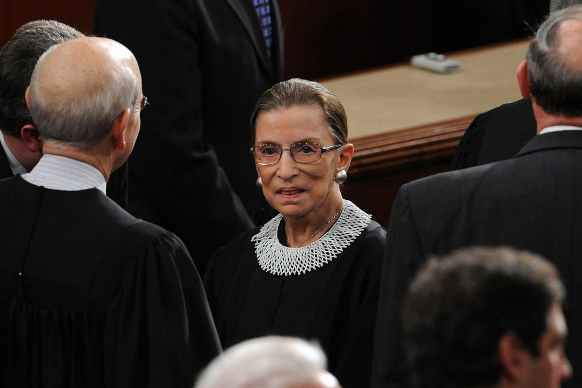 Justice Ruth Bader Ginsburg arrives before President Barack Obama's first State of the Union.