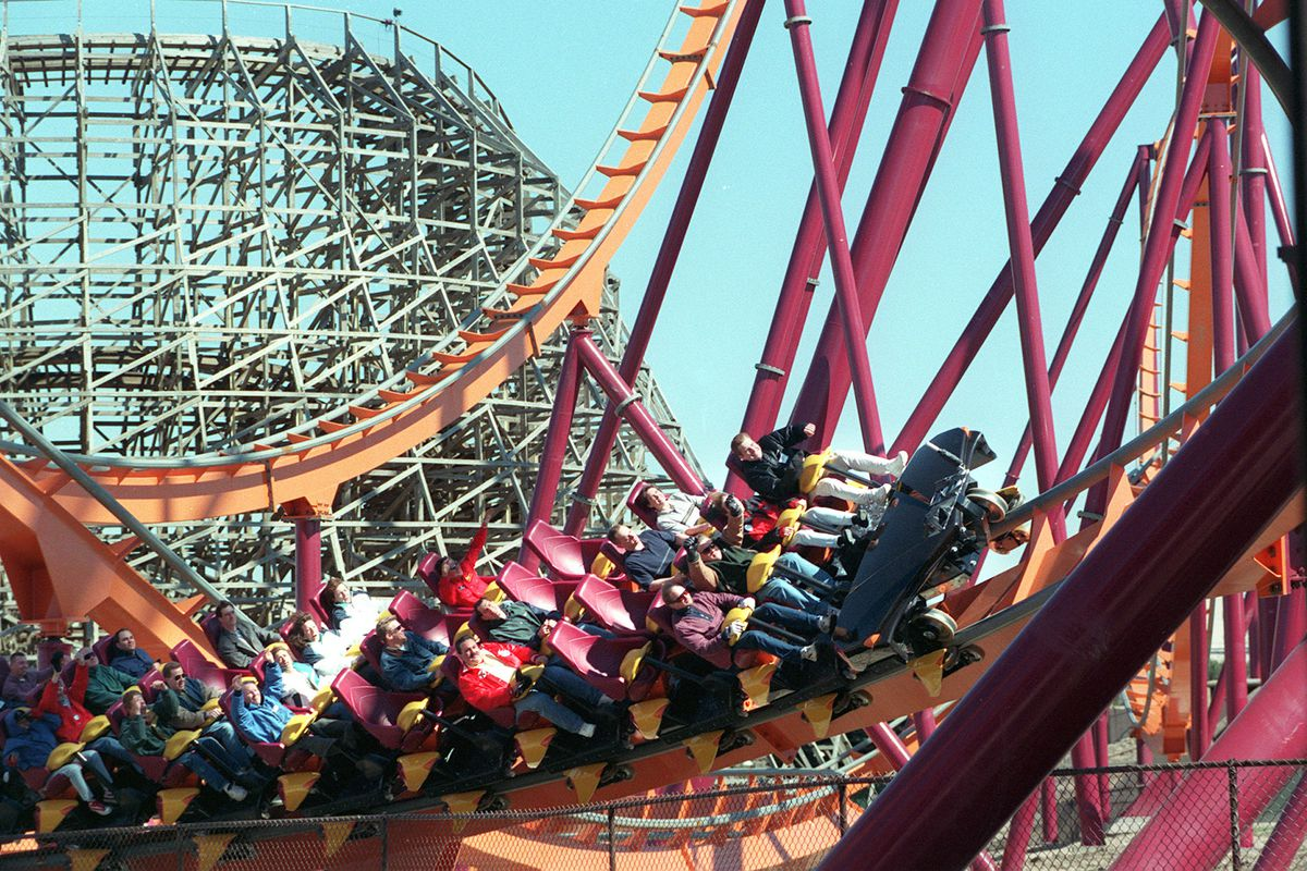 Free Six Flags Tickets Offered To Encourage Covid 19 Vaccinations As Illinois Enters Bridge Phase Chicago Sun Times