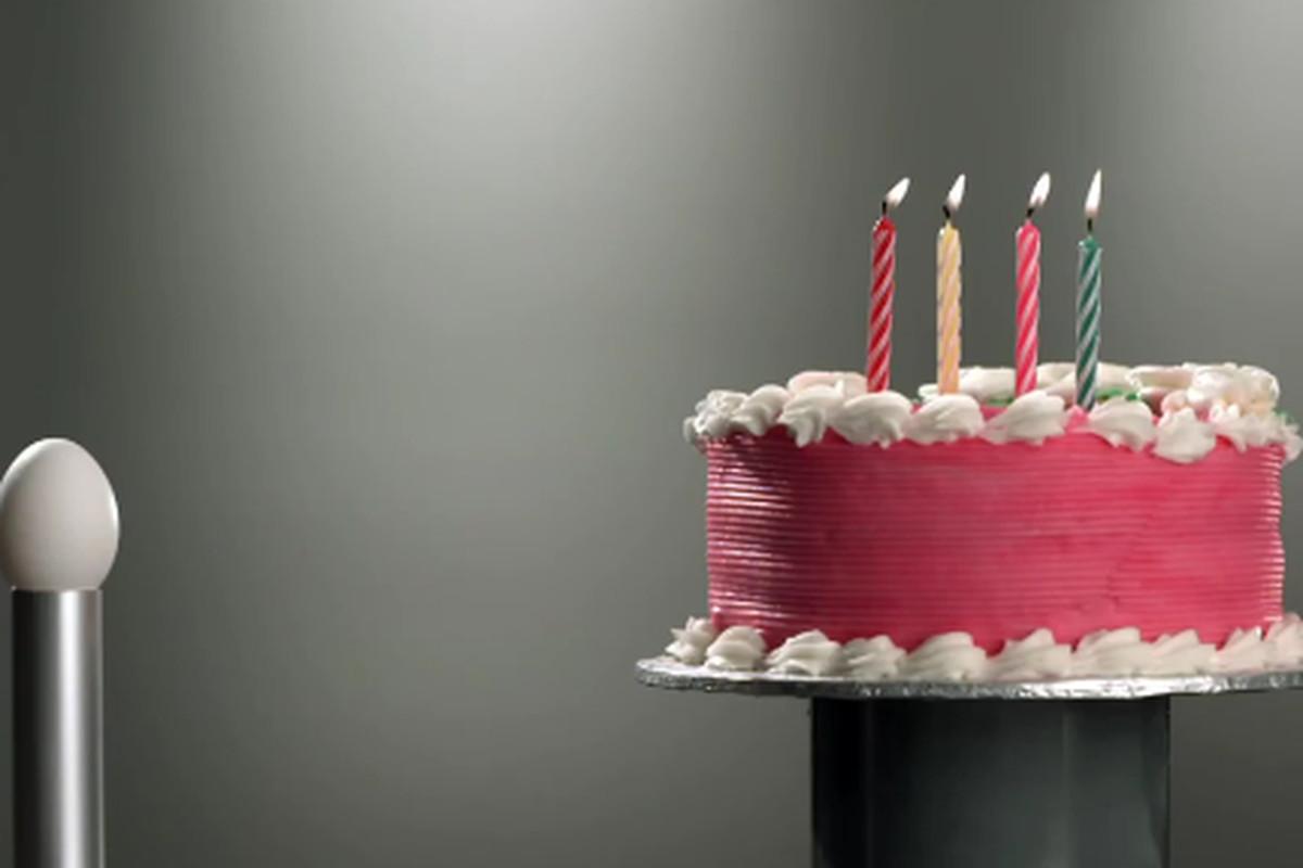 Motorola Razr Blasts Through A Birthday Cake In New Rogers Ad Video