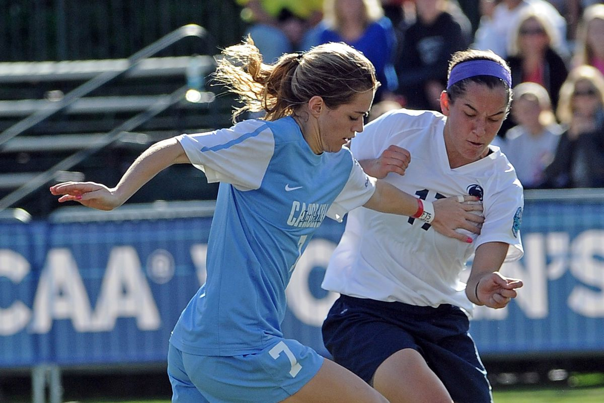 Dash Forward Kealia Ohai, shown playing for UNC, beat the Breakers with a pair of late tallies.