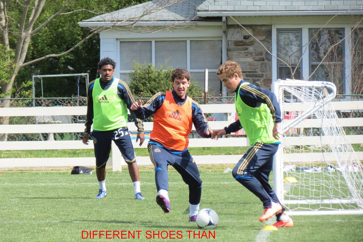 Kai Herdling (center) training with the Philadelphia Union first team (Sheanon Williams, left, and Chris Albright, right) before the reserves defeated the New England Revolution reserves 4-2 (photo courtesy of @barbcvphilly).