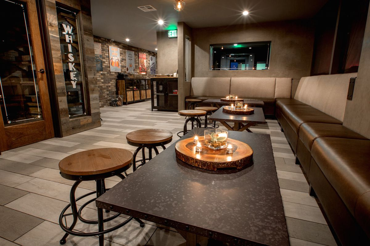 The Recess Room, Fountain Valley