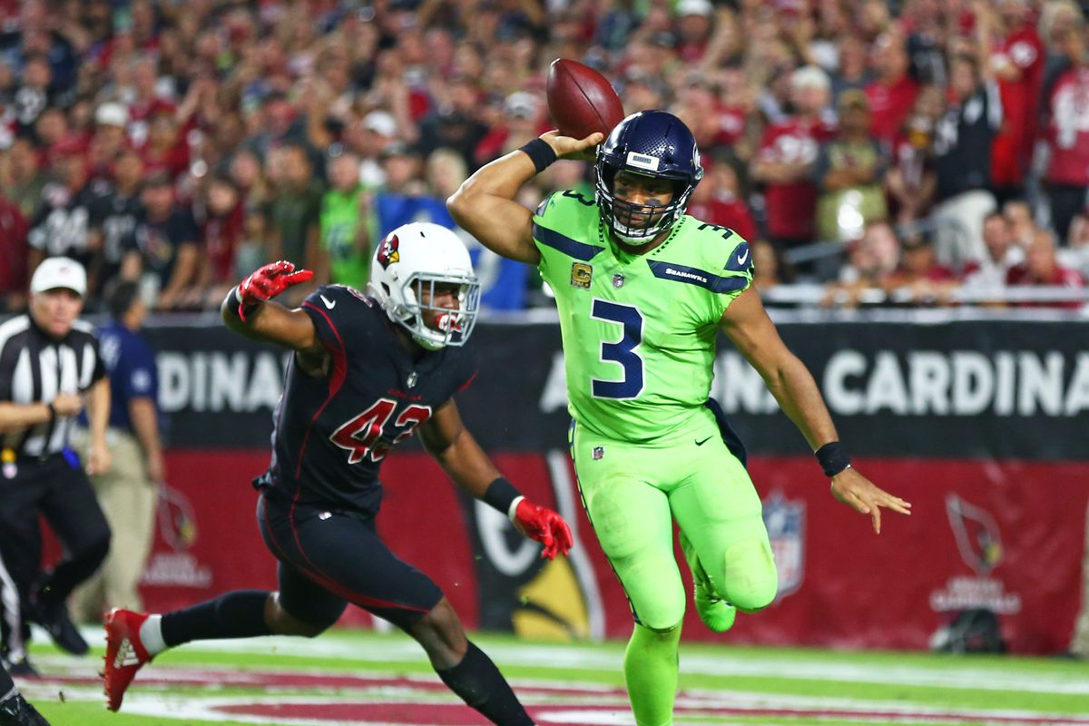 Seahawks QB Russell Wilson doesn t prevent sacks with his ... a6dd4d832