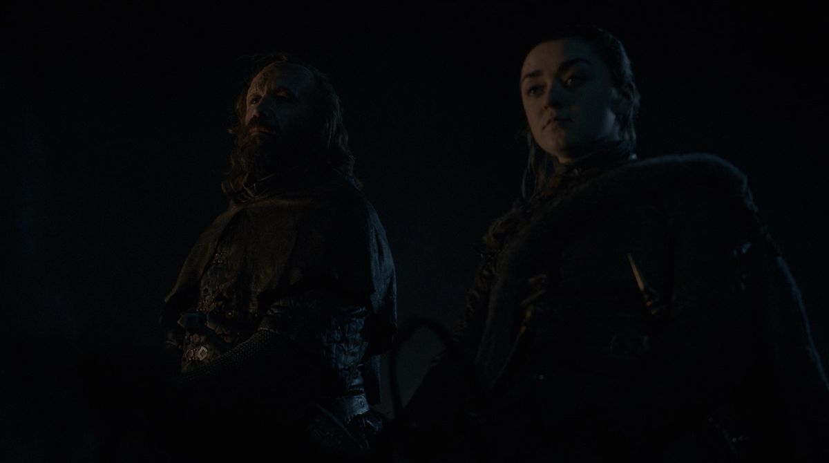Game of Thrones S08E05 The Hound and Arya in camp