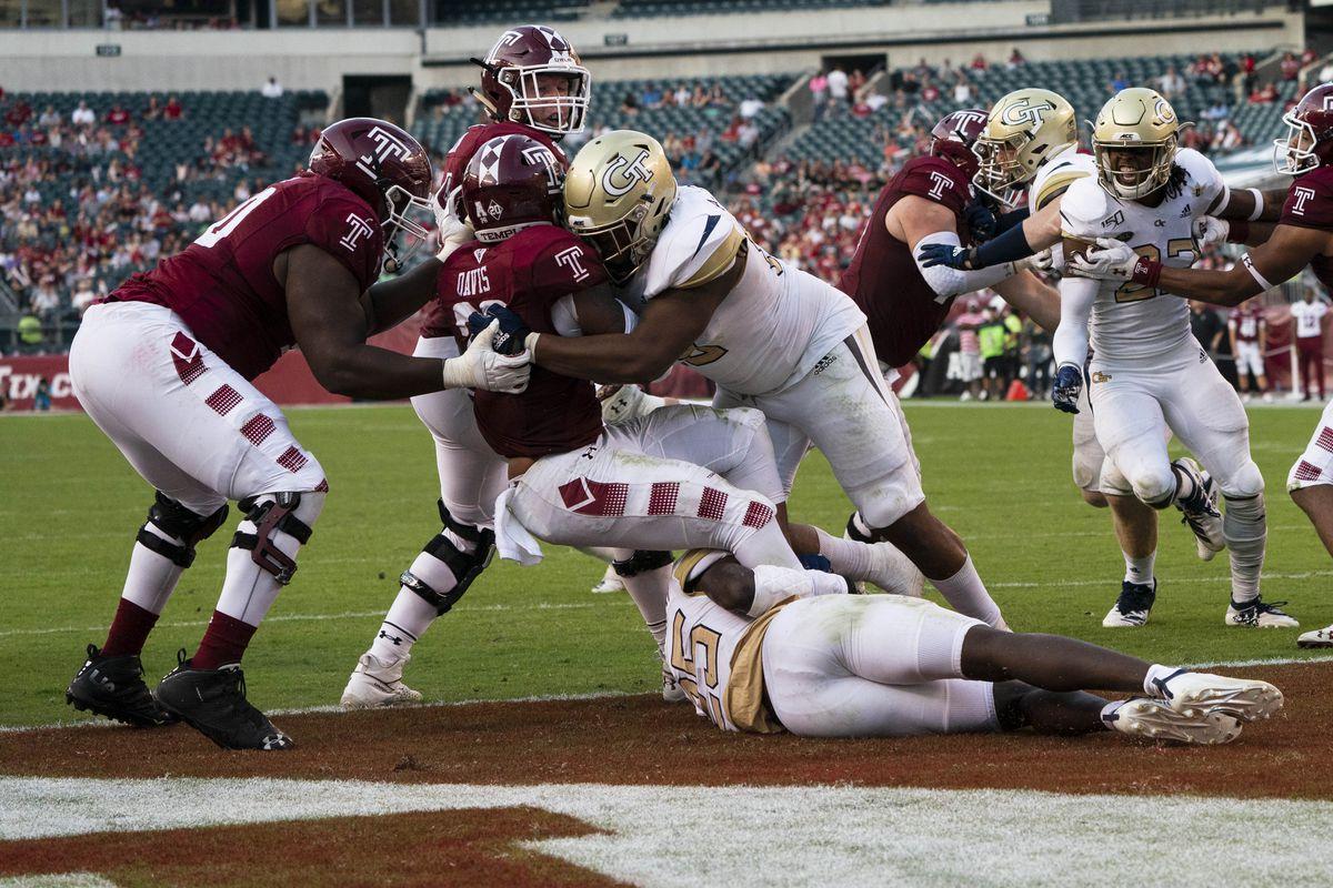 NCAA Football: Georgia Tech at Temple