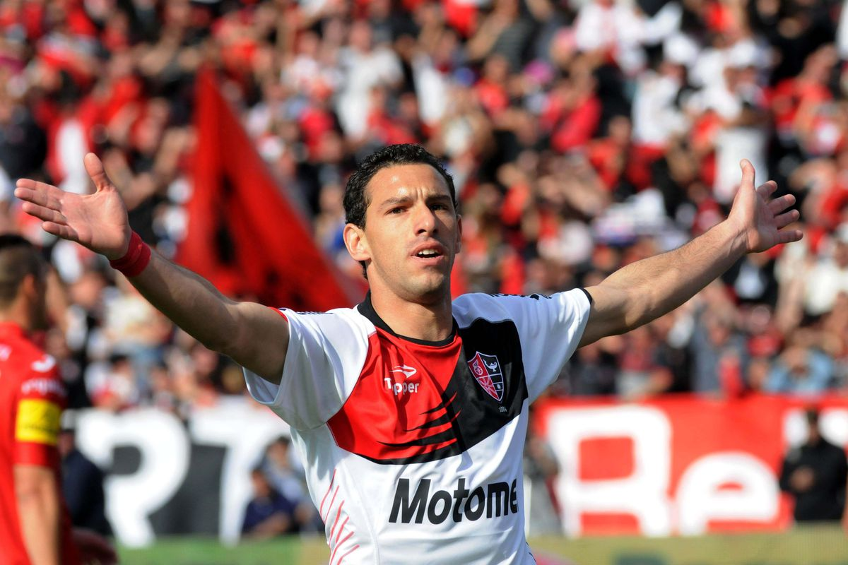 Report: FC Dallas attempting to land Maxi Rodriguez