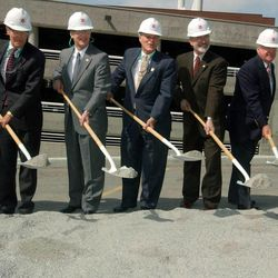 Spencer F. Eccles ( center) and others take a ceremonial shovel of dirt at the Groundbreaking Ceremony for the Emma Eccles Jones Medical Research Building at the University of Utah.  photo: michael brandy.  4/29/03 (Submission date: 04/29/2003)