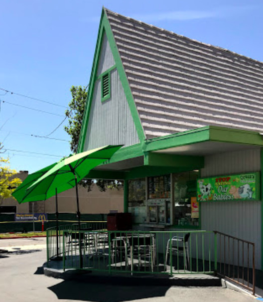 Ricchardo's The Total Vegetarian restaurant in Pasadena, California