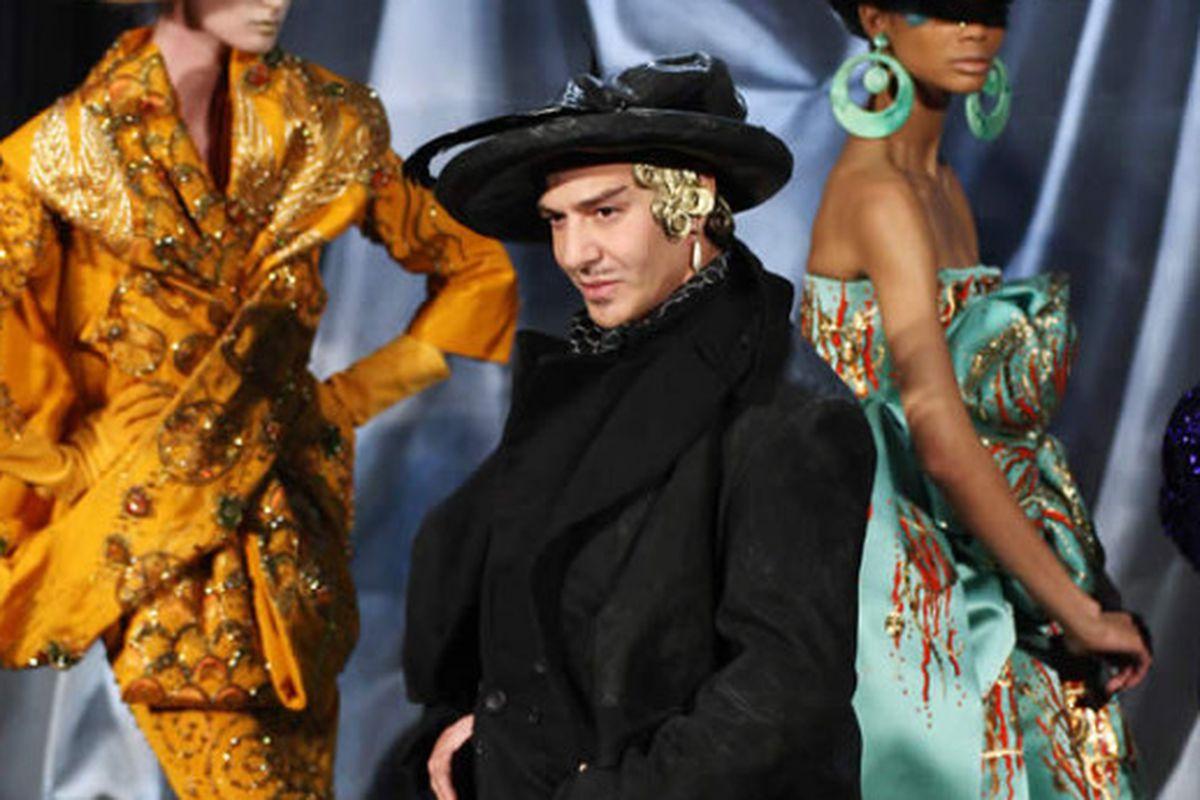 "Image via <a href=""http://www.italian-fashion-watch.com/2008/01/22/armani-and-galliano-present-fenomenal-haute-couture-shows-in-paris/"">Italian Fashion Watch</a>"