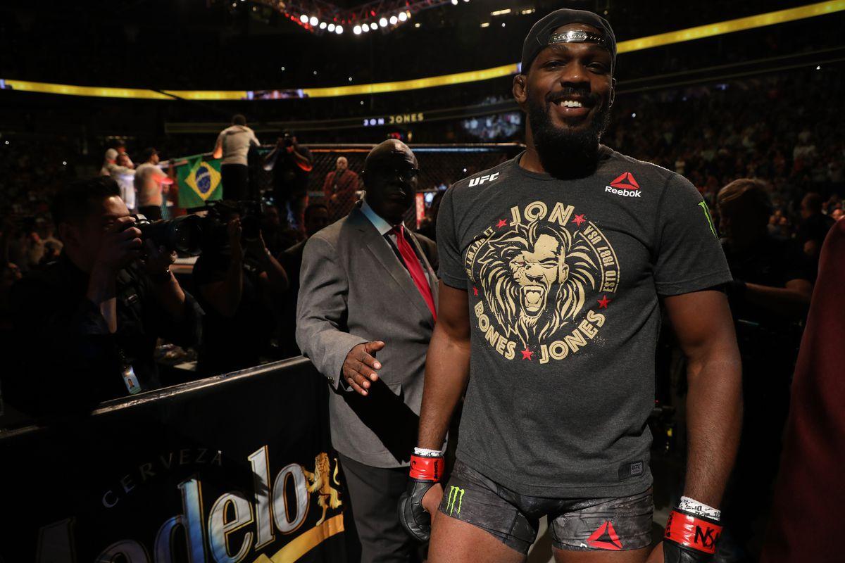 UFC 239: Jones v Santos