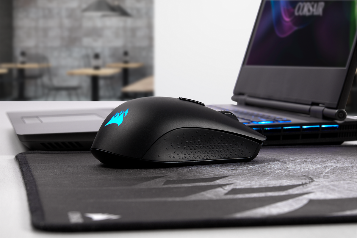 Corsair's wireless Harpoon gaming mouse debuts low-latency