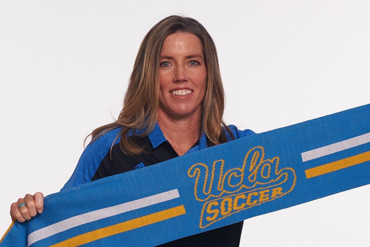 UCLA Head Women's Soccer Coach Amanda Cromwell (Photo: UCLA)