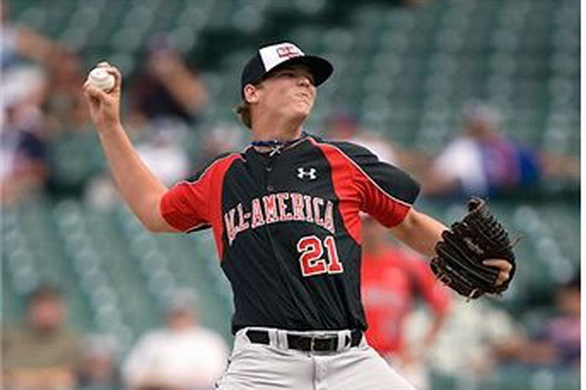 Garrett Gould pitches during the Under Armour All-America Baseball Game at Wrigley Field on August 17, 2008 (Photo by Dilip Vishwanat/Getty Images)