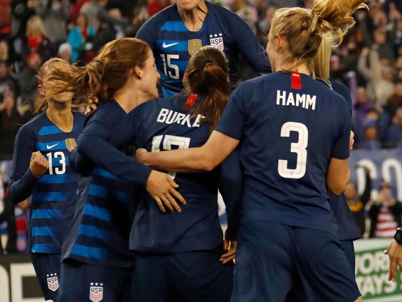 46932edcc Major Link Soccer  US Men backing US Women in equal pay fight - Sounder At  Heart