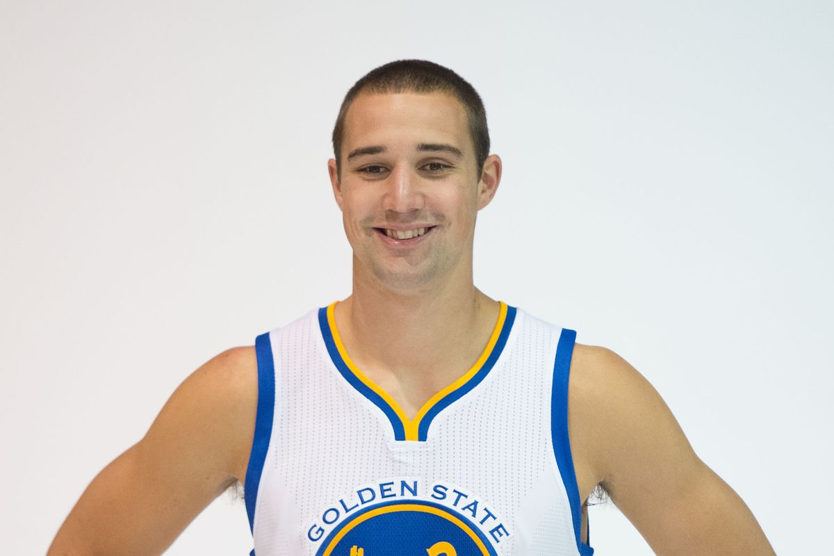 Ohio State Great Aaron Craft Signs With Aquila Basket Trento