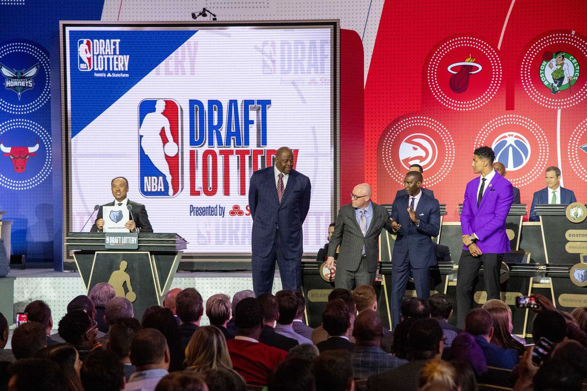 NBA deputy commissioner Mark Tatum reveals the number two pick for the Memphis Grizzlies during the 2019 NBA Draft Lottery at the Hilton Chicago.
