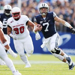 Brigham Young Cougars quarterback Taysom Hill (7) runs against the Southern Utah Thunderbirds  in Provo on Saturday, Nov. 12, 2016.