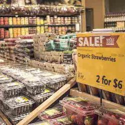 """""""After Flex, I generally walk home and pop by <a href=""""http://www.wholefoodsmarket.com/stores/goldcoast"""">Whole Foods</a> [30 West Huron Street] on my way back to grab some fresh fruit for my protein shake! I have a bunch of food allergies so having"""