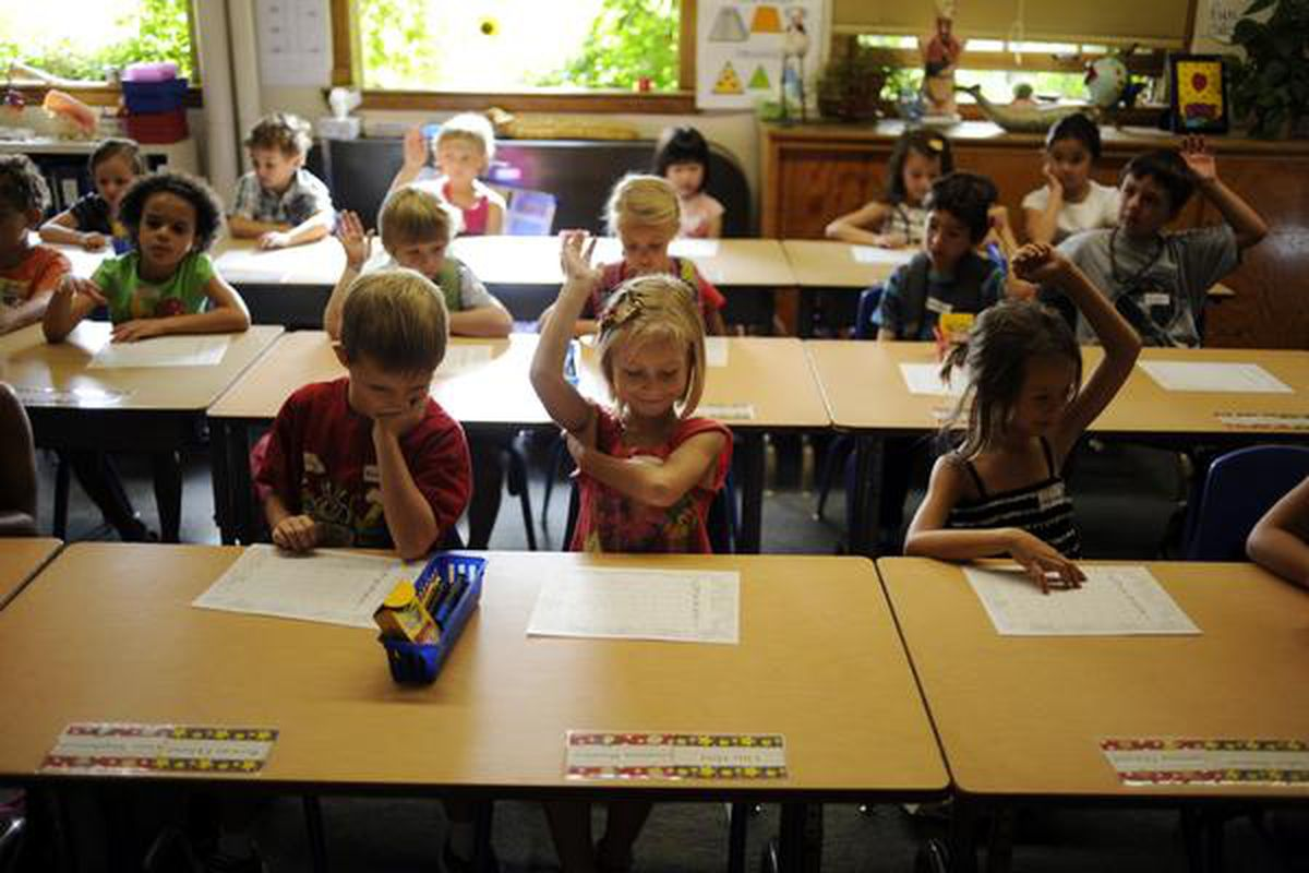 Steck Elementary students on the first day of school in 2011.