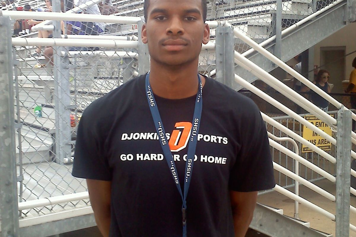 Will Texas target Ronald Monroe in 2014 at quarterback? (Photo by the author)