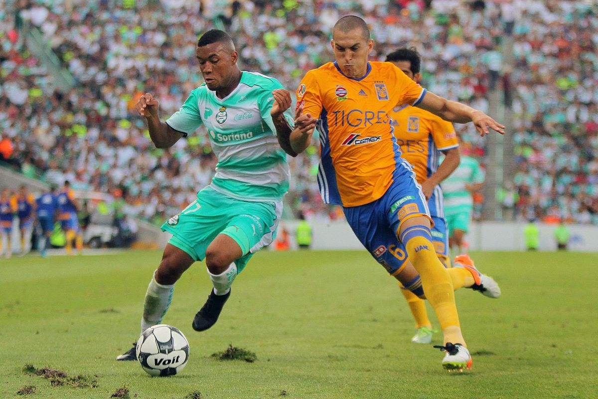 Santos Laguna and Tigres will play a friendly in October in Houston, Texas.