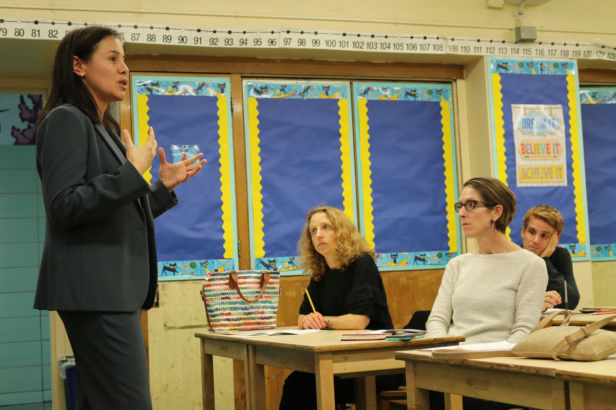Claudia Aguirre, principal of P.S. 149 Sojourner Truth in Harlem, highlighted her school at a recent forum for District 3 parents to learn about their middle school options.