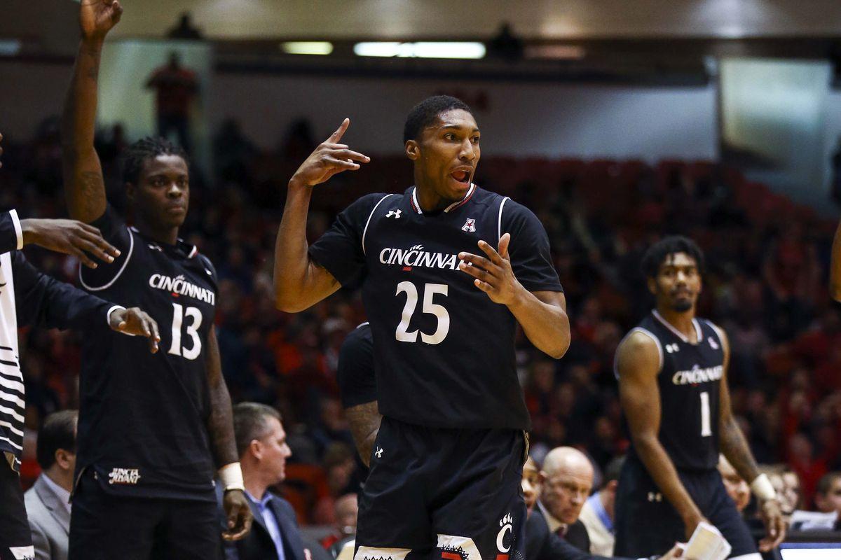 NCAA Basketball: Cincinnati at Houston