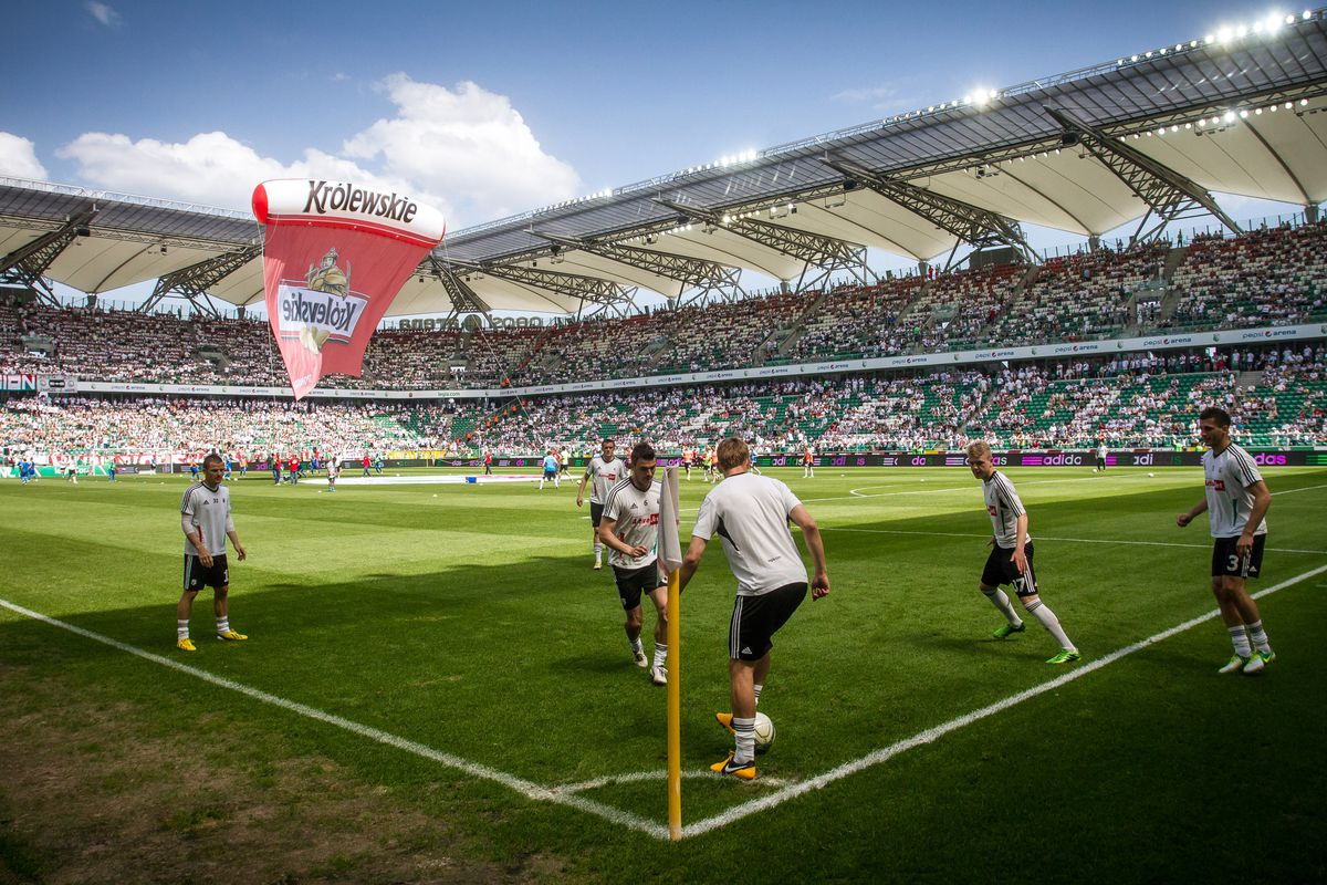 Legia Warszawa v KKS Lech Poznan - Polish First Division