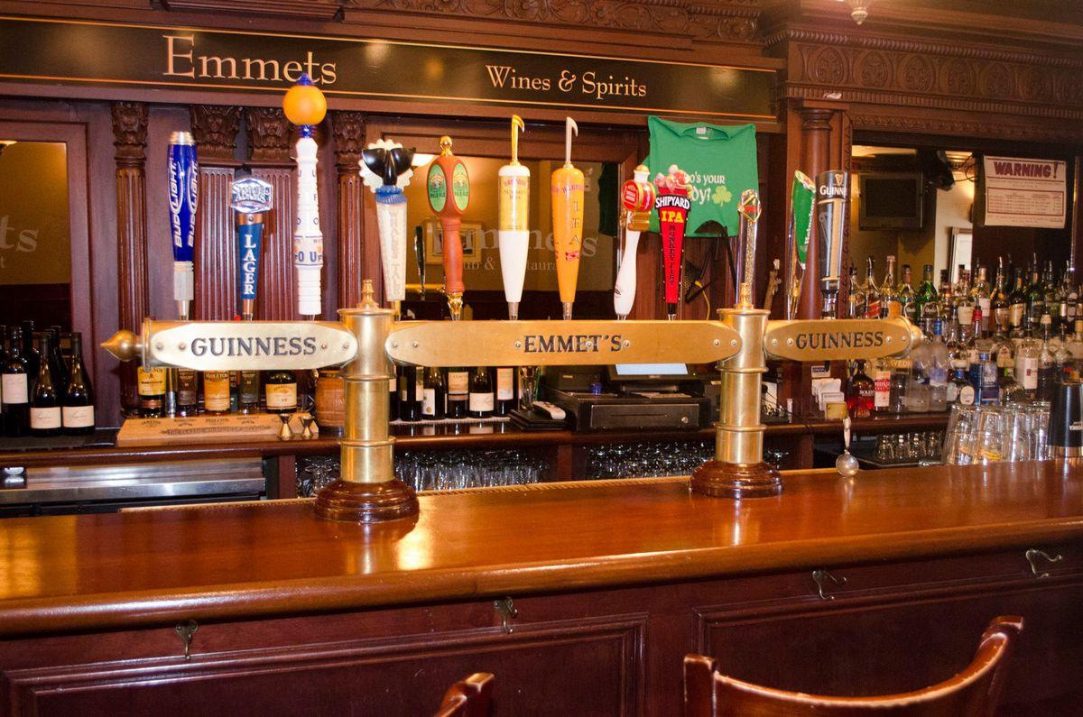 Emmet's Pub & Restaurant