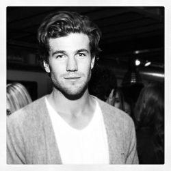 """Austin Stowell"" via <a href=""http://instagram.com/p/RSzNNUSfw3/"">Patrick McMullan</a>"
