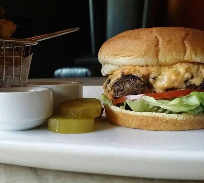 Pimento Cheese Burger, Knife Dallas